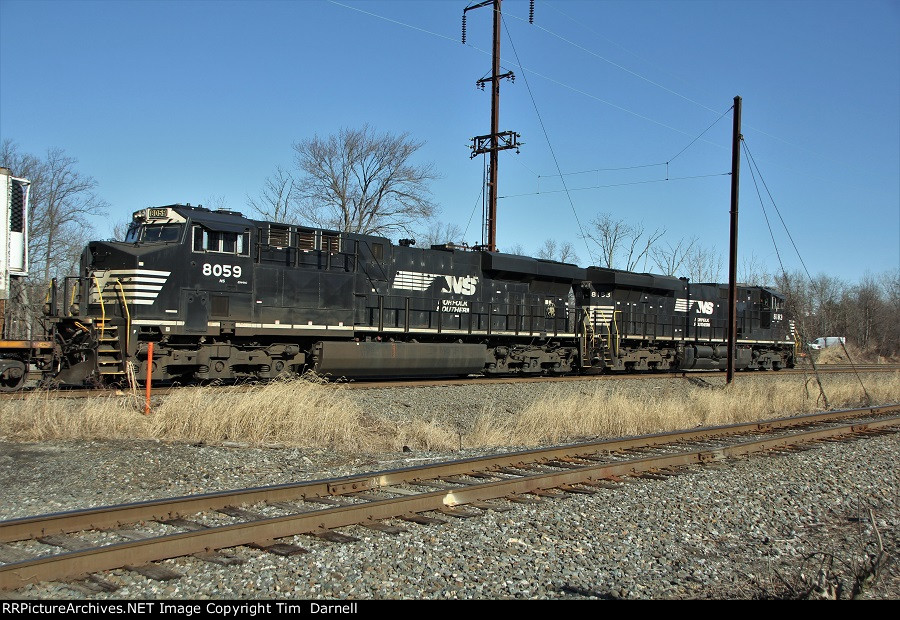 NS 8059 on late 26E
